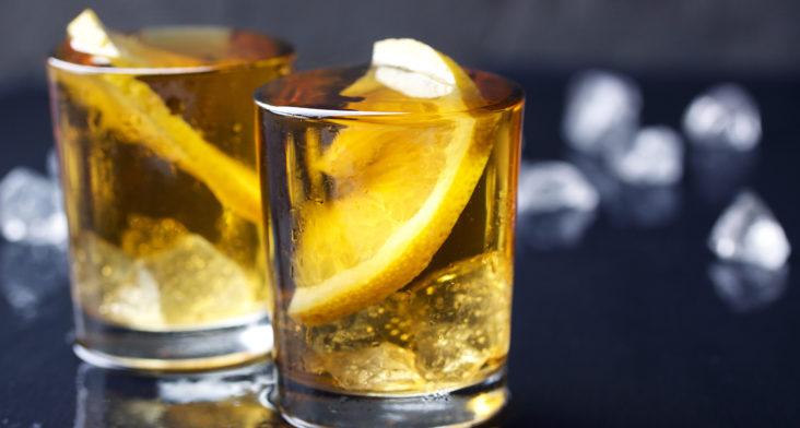 Tomar alcohol aún de forma moderada disminuye la fertilidad masculina
