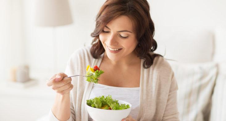 ¿Es necesario seguir una dieta al iniciar tratamientos de reproducción asistida?